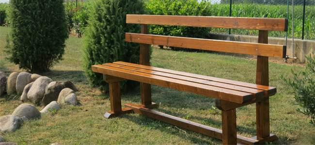 Tavoli e panche in legno pave snc for Panche in legno da giardino